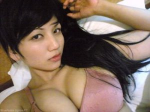https://cobaliatdeh.files.wordpress.com/2011/12/melanieceweksexyindonesia.jpg?w=300